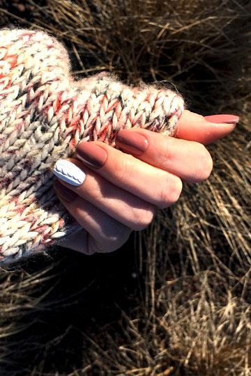 Déco nail art simple sur les ongles