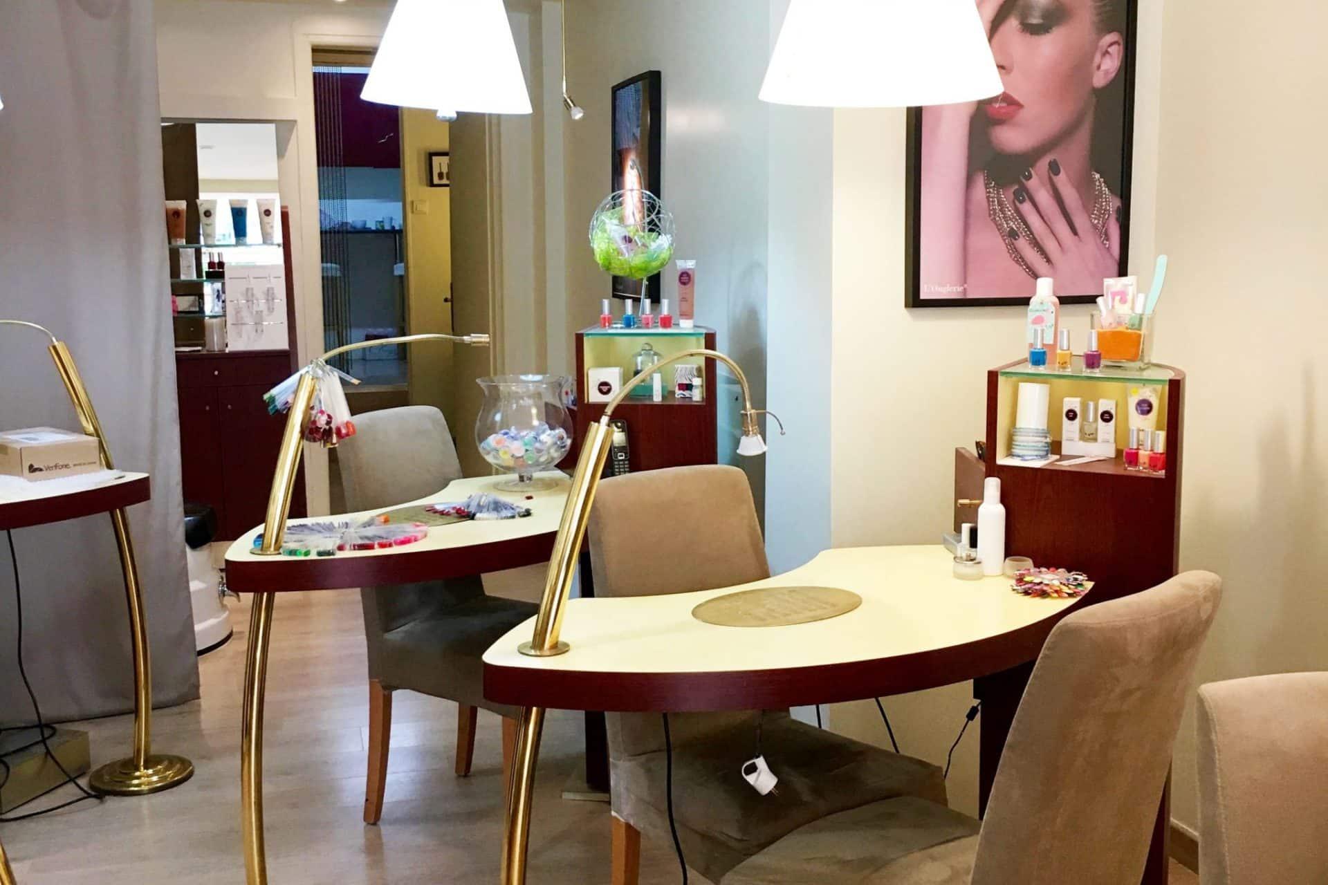 institut l 39 onglerie troyes bar ongle pose french manucure. Black Bedroom Furniture Sets. Home Design Ideas